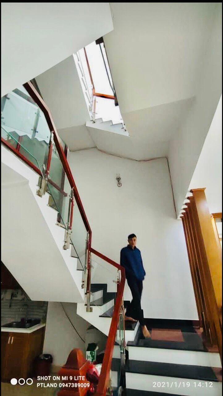 hình ảnh nhà nam Nguyễn Tri Phương