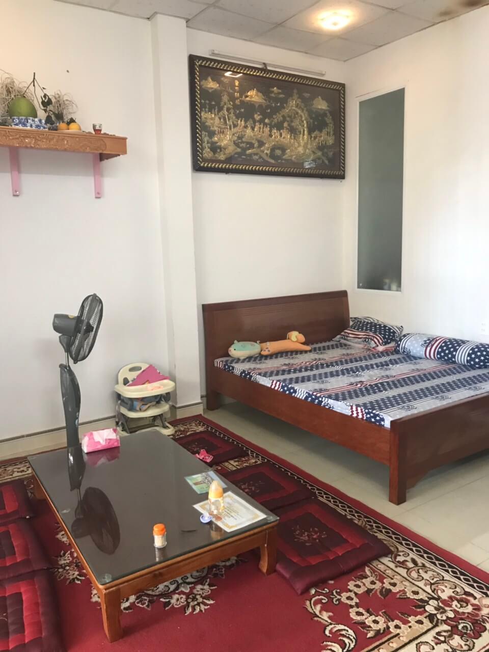 phòng ngủ nhà Hồ Tỵ