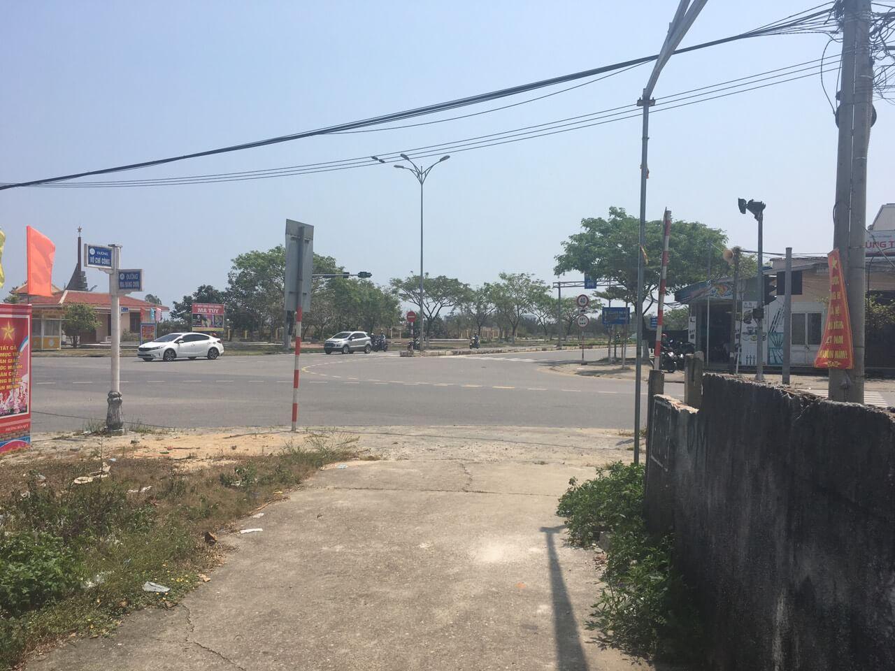 đường thông Mai Đăng Chơn