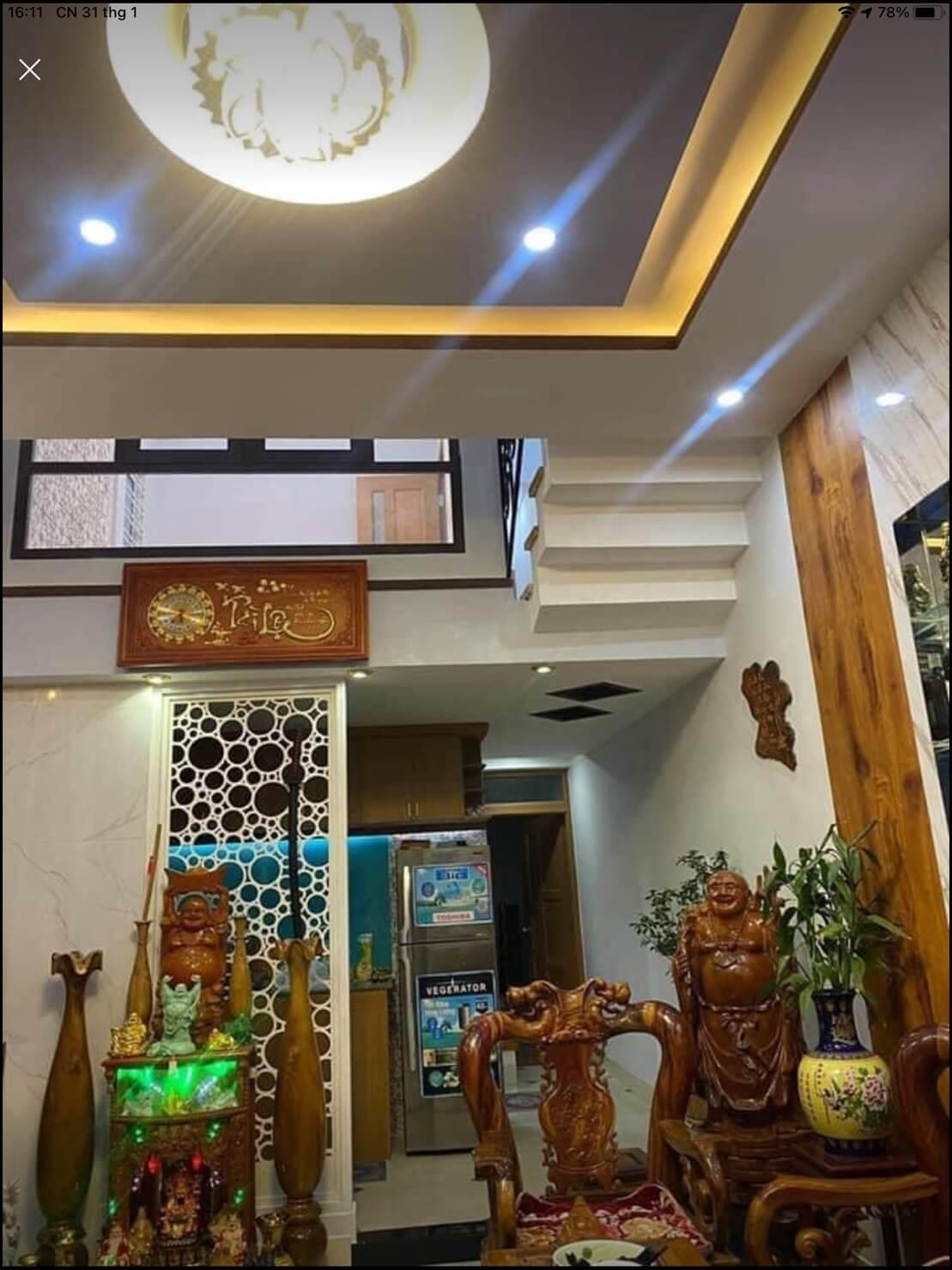 phòng khách nhà bán kiệt Điện Biên Phủ